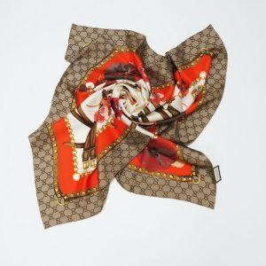 gucci foulard seta 90x90
